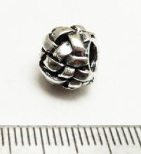 Large hole 'basket-weave' bead. 11mm x 9mm. Hole 4.2mm